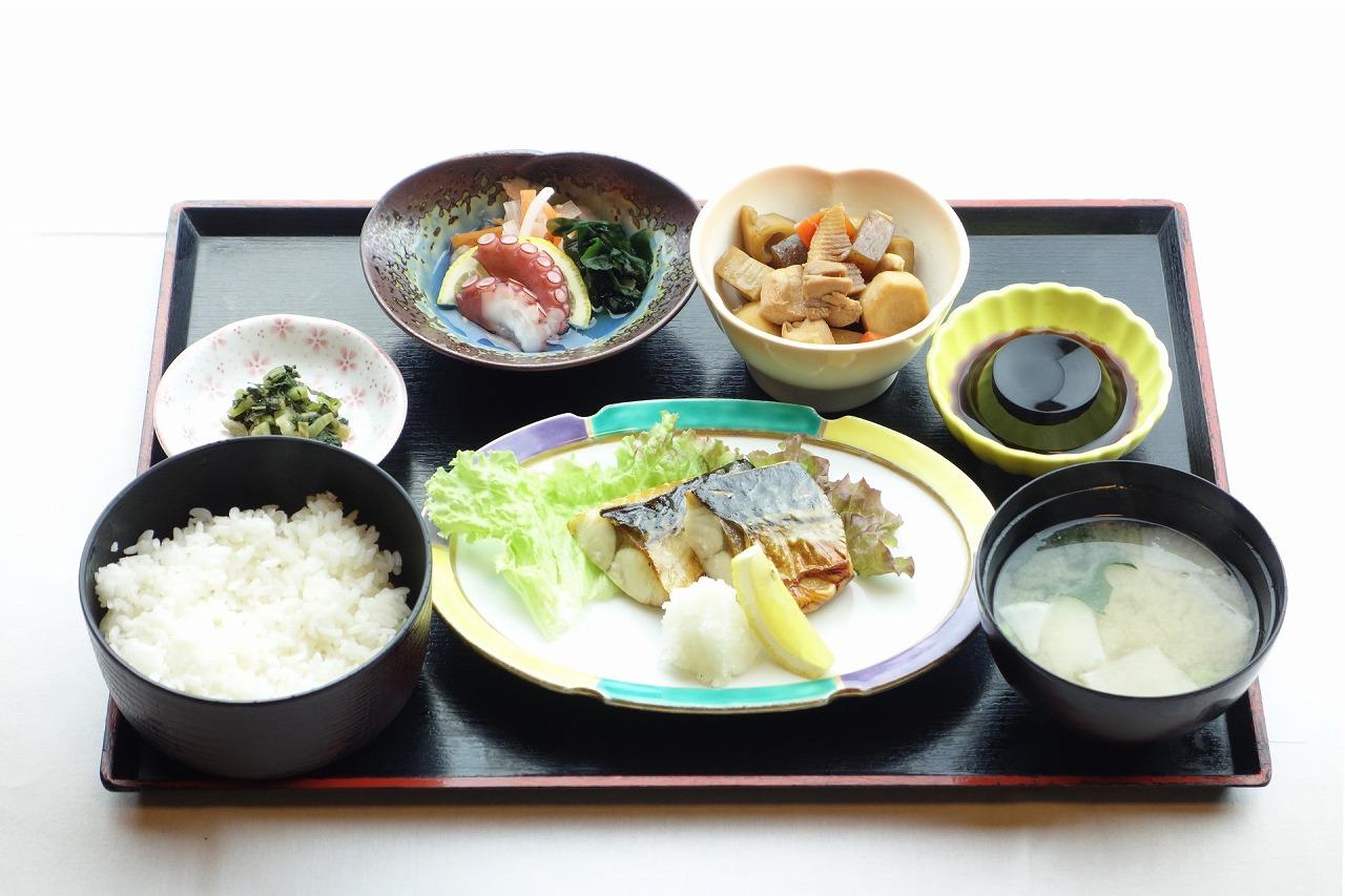 なんたん煮魚(焼魚)定食